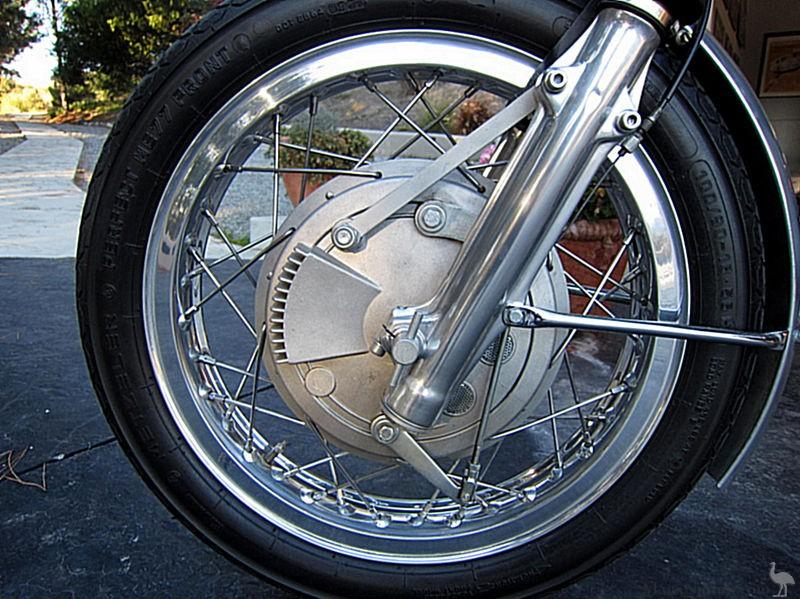 Bmw R602 Cafe Racer 4ls Front Wheel
