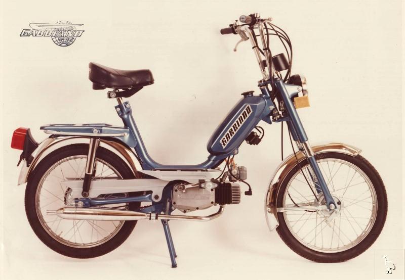 MOTOS PARA EL RECUERDO DE LOS ESPAÑOLES-http://cybermotorcycle.com/gallery/gabbiano/images/Gabbiano_1977_V1-T.jpg