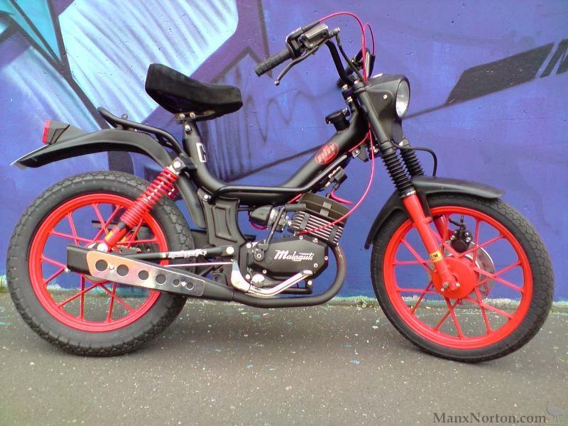 Malaguti Fifty 50 cc 1979 Moped Motorrad schwarz black 1:18 Atlas