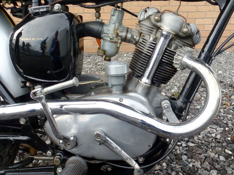 Yamaha Motorcycle Transmission All About Diagram further Sunbeam Engine Number Location additionally Default likewise Cafe Racer Wiring moreover Viewtopic. on 1977 triumph bonneville engine diagram