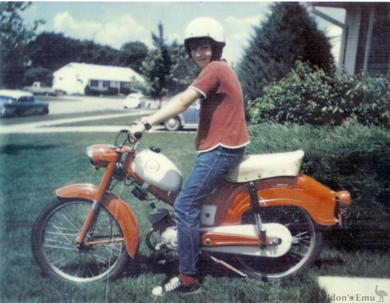 Wards Riverside Moped Period Photo